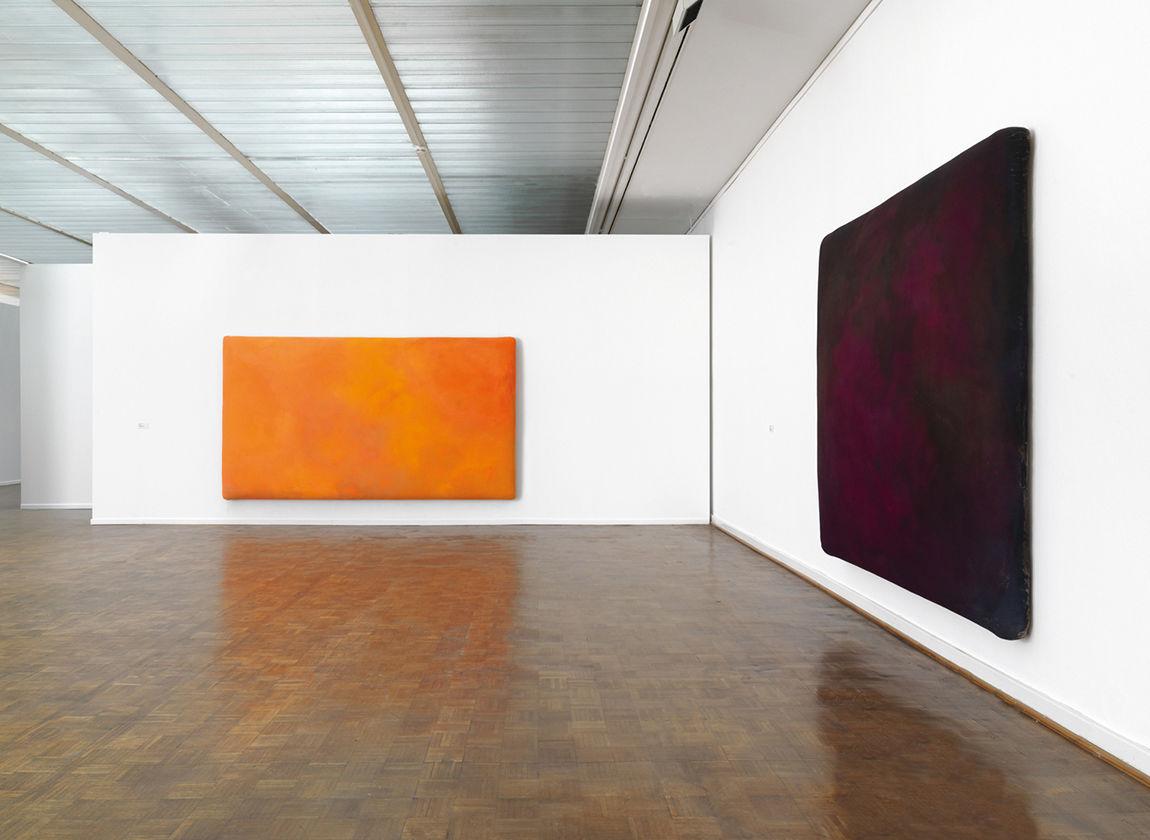 Blick in die Ausstellung von Gotthard Graubner