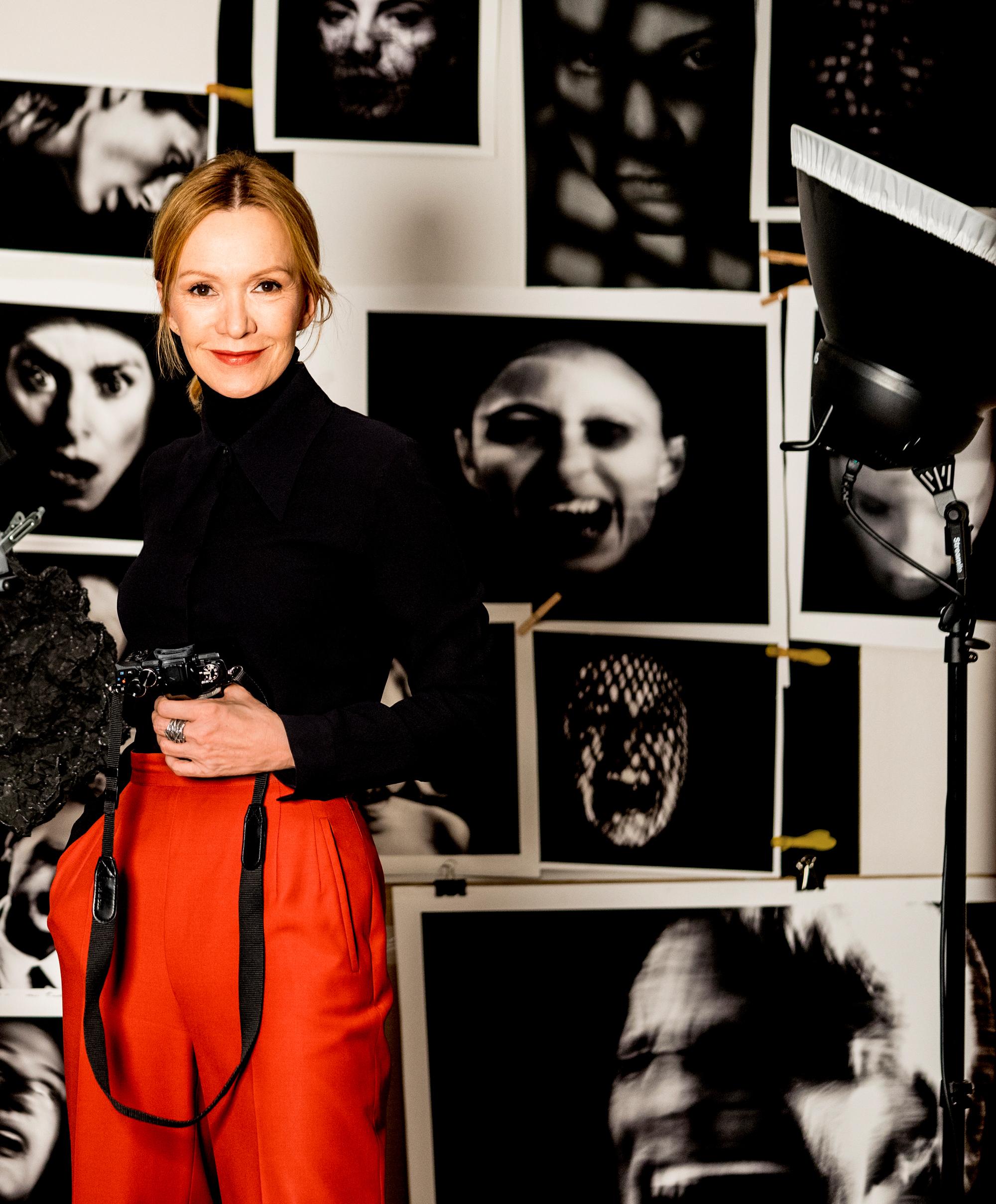 Katja Flint mit Kamera Berlin, 2018 Foto: Katja Flint